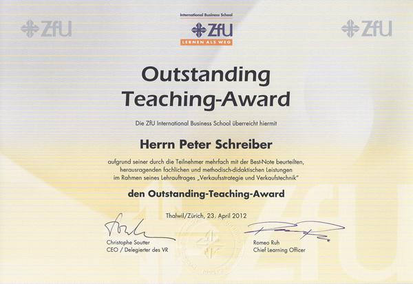 """Vertriebsberater Peter Schreiber erhält """"Teaching Award"""" der ZfU Business School"""